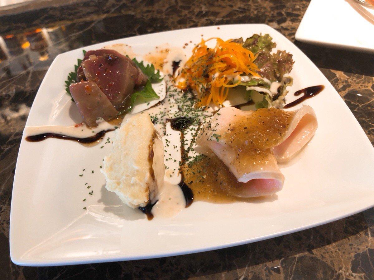 桑名市にあるcafe8'sのランチ(前菜)